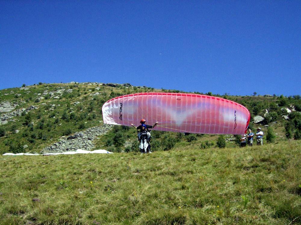 Paraglide parapendio Cavallaria Ivrea